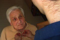 Das Pflegestärkungsgesetz II bringt Verbesserungen für pflegende Beschäftigte. Quelle: pixabay.com