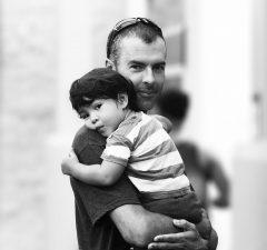 Teilzeit wirkt sich nach wie vor nachteilig auf die berufliche Entwicklung von Vätern aus.